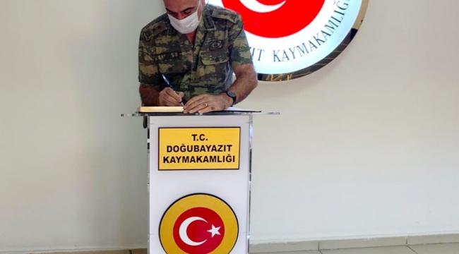9. Kolordu Komutanı Tümgeneral Uzun, Kaymakam Akpınar'ı Ziyaret Etti.