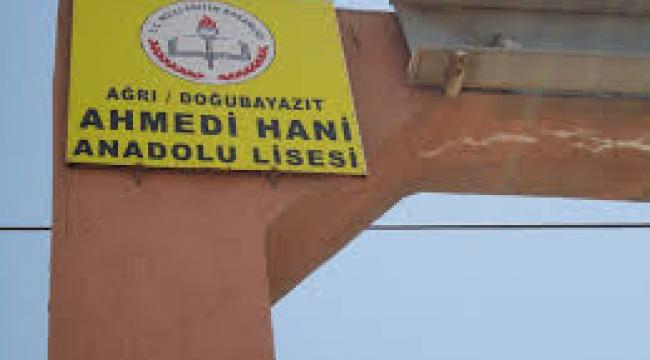 "REİS DUY SESİMİZİ ""EĞİTİM YUVAMIZI YIKTILAR"""