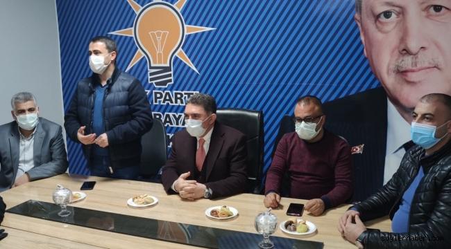 AK Parti Ağrı Milletvekili Ekrem Çelebi, Doğubayazıt AK Parti ilçe teşkilatı ile bir araya geldi.